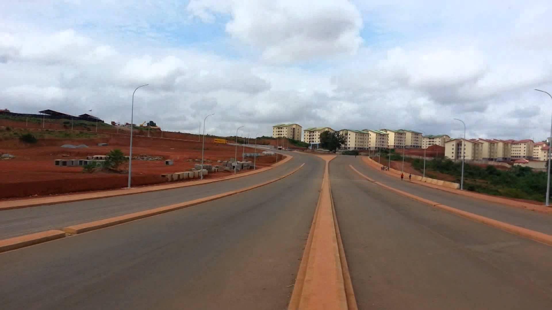 Autoroute Yaounde Nsimalen