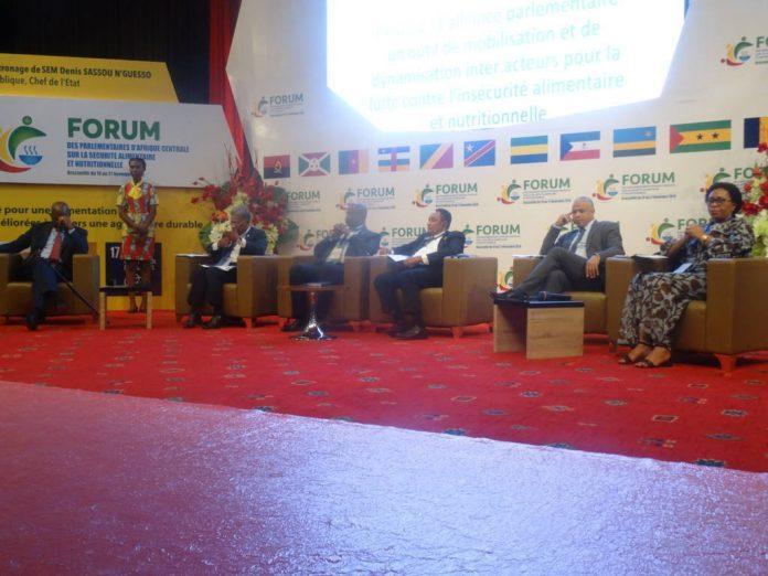 Forum parlementaire